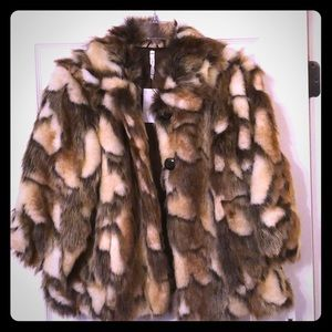 Willow & Clay - Faux fur jacket!